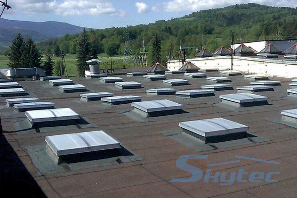 swietliki dachowe skytec 2